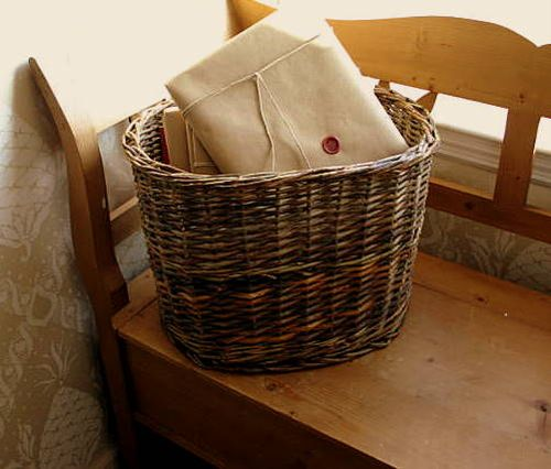 Book basket_3554