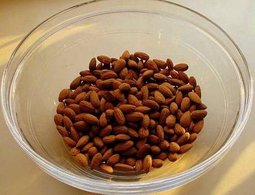 Nuts_3718
