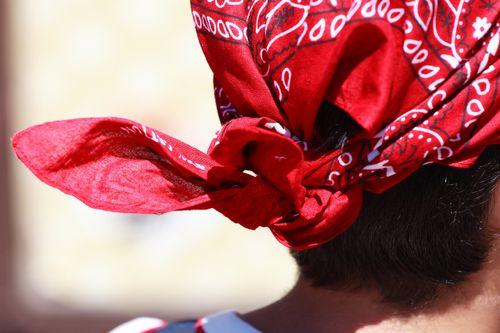 Backside headscarf